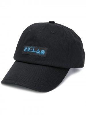 Бейсболка RS-Lab Raf Simons. Цвет: черный