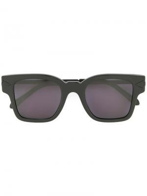 Солнцезащитные очки Julius Karen Walker. Цвет: черный