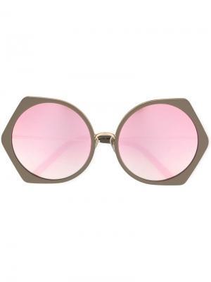 Солнцезащитные очки в круглой оправе Matthew Williamson. Цвет: металлик