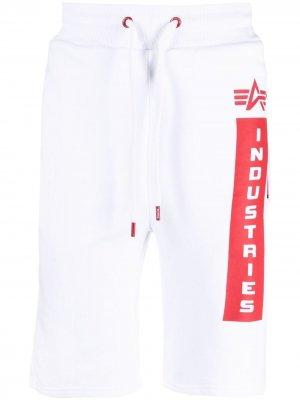 Спортивные шорты Defense с логотипом Alpha Industries. Цвет: белый