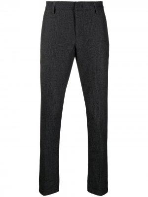 Узкие брюки строгого кроя Dondup. Цвет: серый