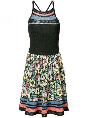 Платье с цветочным принтом и вязаными вставками Red Valentino. Цвет: черный