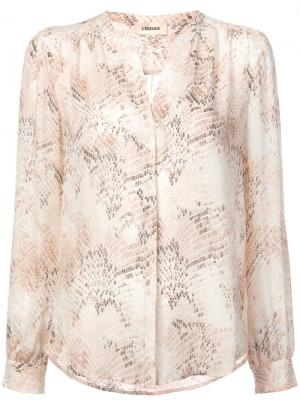 Блузка со змеиным принтом без воротника L'agence. Цвет: розовый