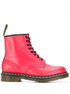 Ботинки в стиле милитари на шнуровке Dr. Martens. Цвет: красный