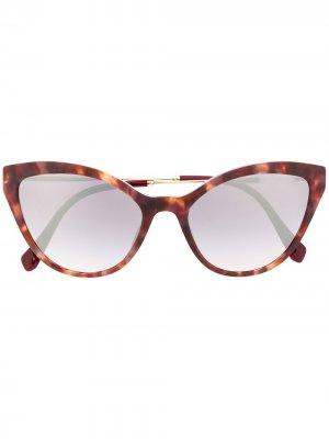 Солнцезащитные очки в оправе кошачий глаз Miu Eyewear. Цвет: коричневый