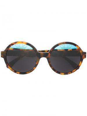 Солнцезащитные очки с круглой оправой Italia Independent. Цвет: коричневый