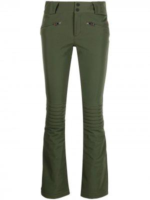 Расклешенные брюки Aurora Perfect Moment. Цвет: зеленый