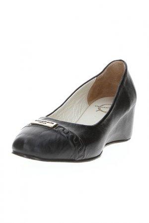 Туфли AQUAMARIN. Цвет: черный