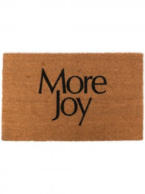 Придверный коврик с надписью More Joy Christopher Kane. Цвет: коричневый
