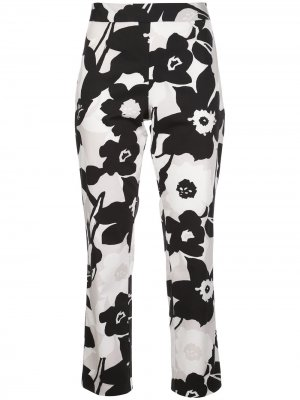 Укороченные брюки с цветочным принтом Natori. Цвет: черный
