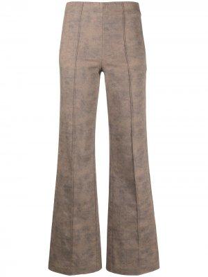 Расклешенные брюки с декоративной строчкой Han Kjøbenhavn. Цвет: коричневый
