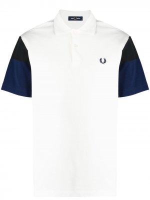 Рубашка поло с контрастными рукавами FRED PERRY. Цвет: белый