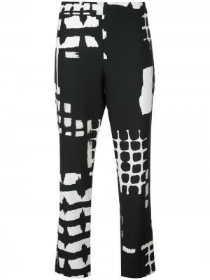 Укороченные брюки с принтом Natori. Цвет: черный