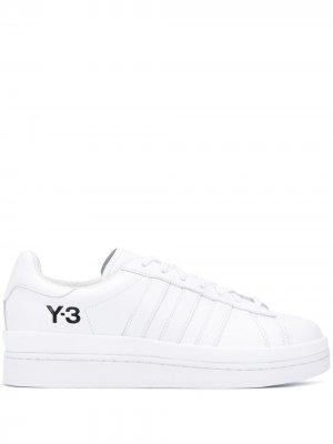 Кроссовки с логотипом Y-3. Цвет: белый