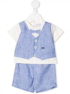 Полосатый костюм с шортами Emporio Armani Kids. Цвет: синий