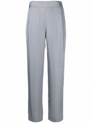 Прямые брюки средней посадки Vince. Цвет: серый