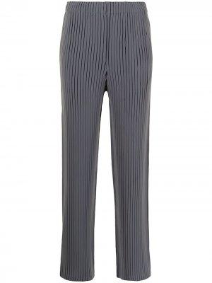 Плиссированные брюки прямого кроя Issey Miyake. Цвет: серый