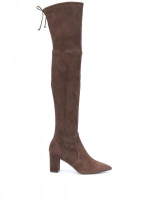 Ботфорты на каблуке Stuart Weitzman. Цвет: коричневый