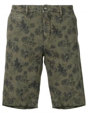 Шорты-бермуды с цветочным принтом Altea. Цвет: зеленый