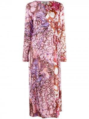 Платье с запахом и принтом DVF Diane von Furstenberg. Цвет: розовый