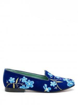 Слиперы с цветочной вышивкой Blue Bird Shoes. Цвет: синий