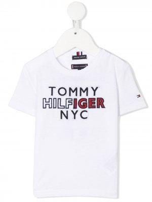 Футболка с вышитым логотипом Tommy Hilfiger Junior. Цвет: белый