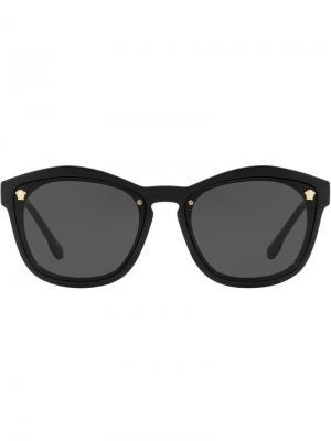 Солнцезащитные очки в квадратной оправе Versace Eyewear. Цвет: черный