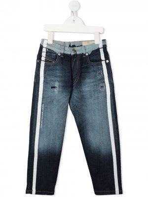 Прямые джинсы с лампасами Diesel Kids. Цвет: синий