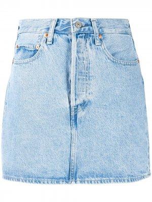 Levis джинсовая юбка миди с эффектом потертости Levi's. Цвет: синий