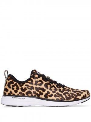 Кроссовки Iconic с леопардовым принтом APL: ATHLETIC PROPULSION LABS. Цвет: черный