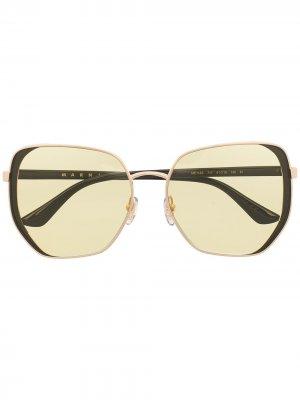 Солнцезащитные очки ME114S в массивной оправе Marni Eyewear. Цвет: коричневый