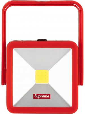 Фонарь Magnetic Kickstand Supreme. Цвет: красный