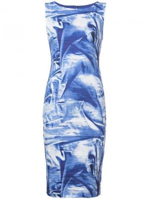 Платье узкого кроя с рисунком-обманкой Nicole Miller. Цвет: синий