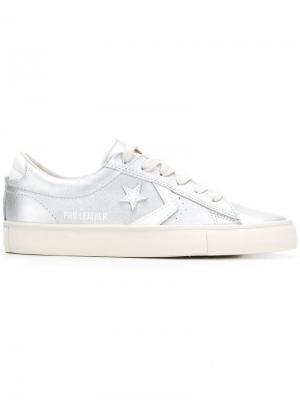 Low-top sneakers Converse. Цвет: металлик