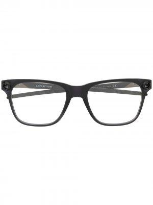 Очки в квадратной оправе Oakley. Цвет: серый