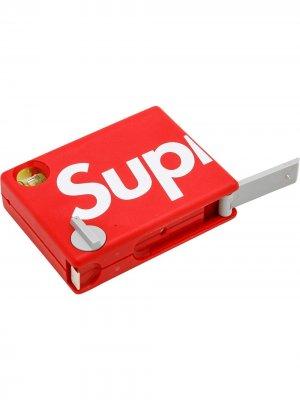 Рулетка с логотипом Supreme. Цвет: красный