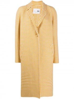 Пальто с узором в ломаную клетку Manzoni 24. Цвет: желтый