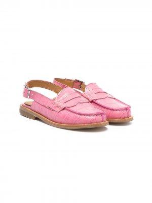 Сандалии с тиснением под кожу крокодила Gallucci Kids. Цвет: розовый