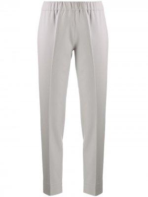 Строгие брюки кроя слим D.Exterior. Цвет: серый