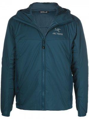 Arcteryx легкая куртка Atom LT с капюшоном Arc'teryx. Цвет: синий