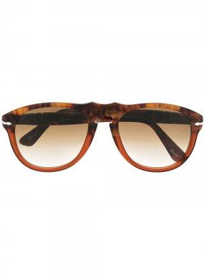 Солнцезащитные очки-авиаторы Persol. Цвет: коричневый