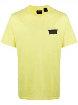 Levis футболка Housemark с логотипом Levi's. Цвет: желтый