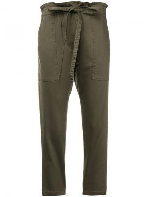 Укороченные брюки с присборенной талией Current/Elliott. Цвет: зеленый