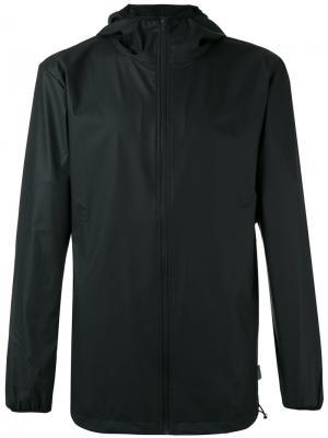 Куртка на молнии Rains. Цвет: черный