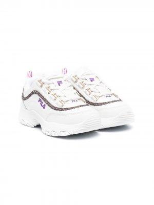 Массивные кроссовки Fila Kids. Цвет: белый