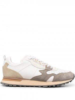 Кроссовки с контрастными вставками MOMA. Цвет: белый
