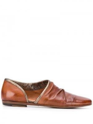 Туфли с вырезом Pantanetti. Цвет: коричневый