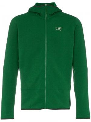 Куртка Kyanite с капюшоном Arc'teryx. Цвет: зеленый