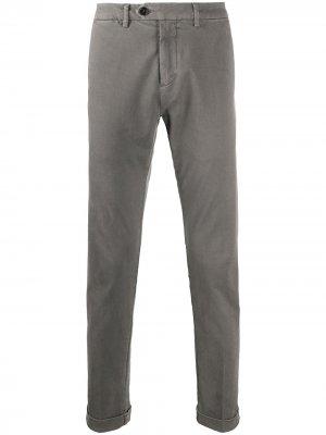 Узкие брюки средней посадки Seventy. Цвет: серый