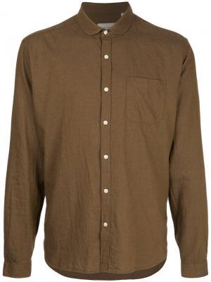 Рубашка с итонским воротником Oliver Spencer. Цвет: коричневый